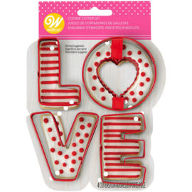 Wilton cookie cutter set/4