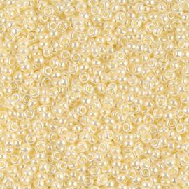 Miyuki rocailles 11/0 0527 Butter Cream Ceylon (10 gram)