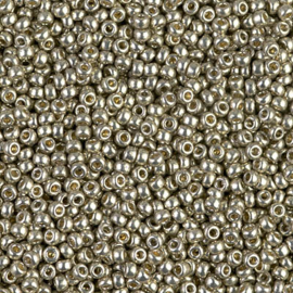 Miyuki rocailles 11/0 4221 Light Pewter Duracoat Galvanized (10 gram)