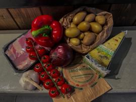 Lente ovenschotel met kip en krieltjes.