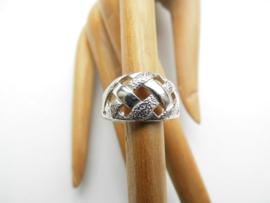 Zilveren vlecht ring.