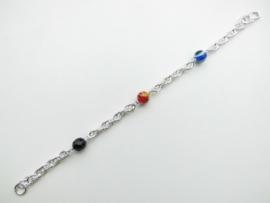 Zilveren tarate bracelet met allakondre kralen.