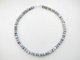 Kromantie kralen snoer met zilveren sluiting. (ronde kraal)