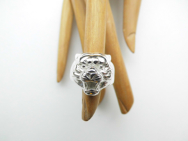 Zilveren tijger kop ring.