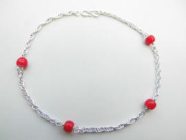 Zilveren rode ingi boca kralen tarate enkelband.