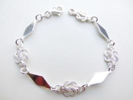 Zilveren mattenklopper/komkomro-sierie bracelet.