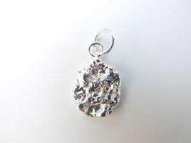 Zilveren piet-piet hanger. ( klein )