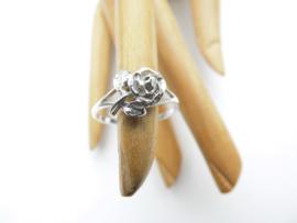 Zilveren roos ring.