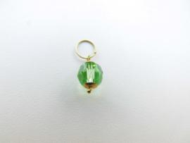 Gouden licht groen ogrie ai kraal baby hanger. (klein)
