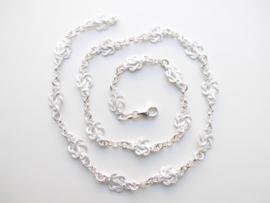 Zilveren mattenklopper-lontai ketting. (dik)