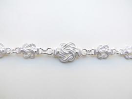 Zilveren mattenkloppers ketting (groot naar klein)