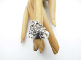 Zilveren bloem ring.