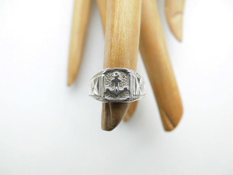 Zilveren baby ring anker 3