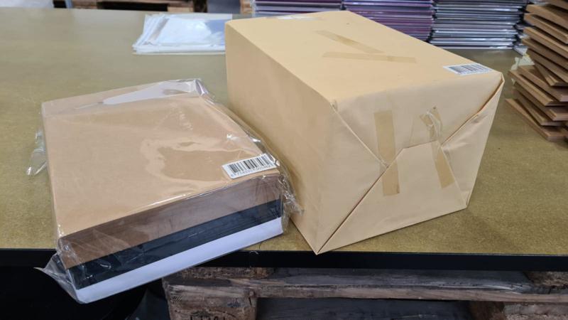 Karton Wit + Zwart + Kraft 110 gr - 600 vel