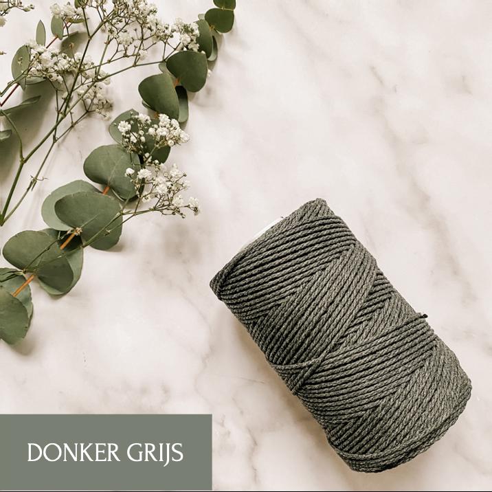 Macrame Donker grijs 3mm
