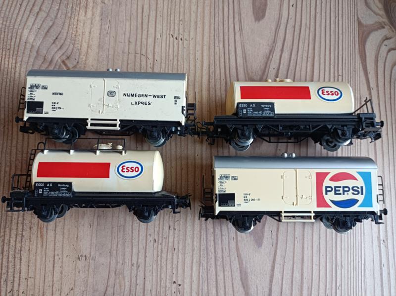 Marklin wagons, 4 stuks