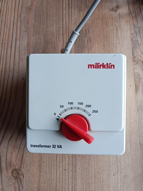 Marklin 6647 Trafo 32 VA