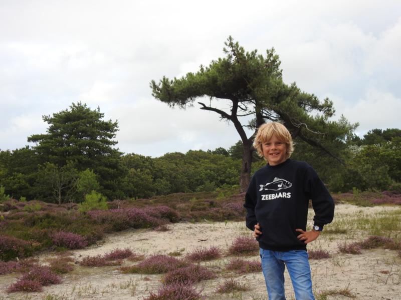 Kids sweater 'Zeebaars' - maat 122/128