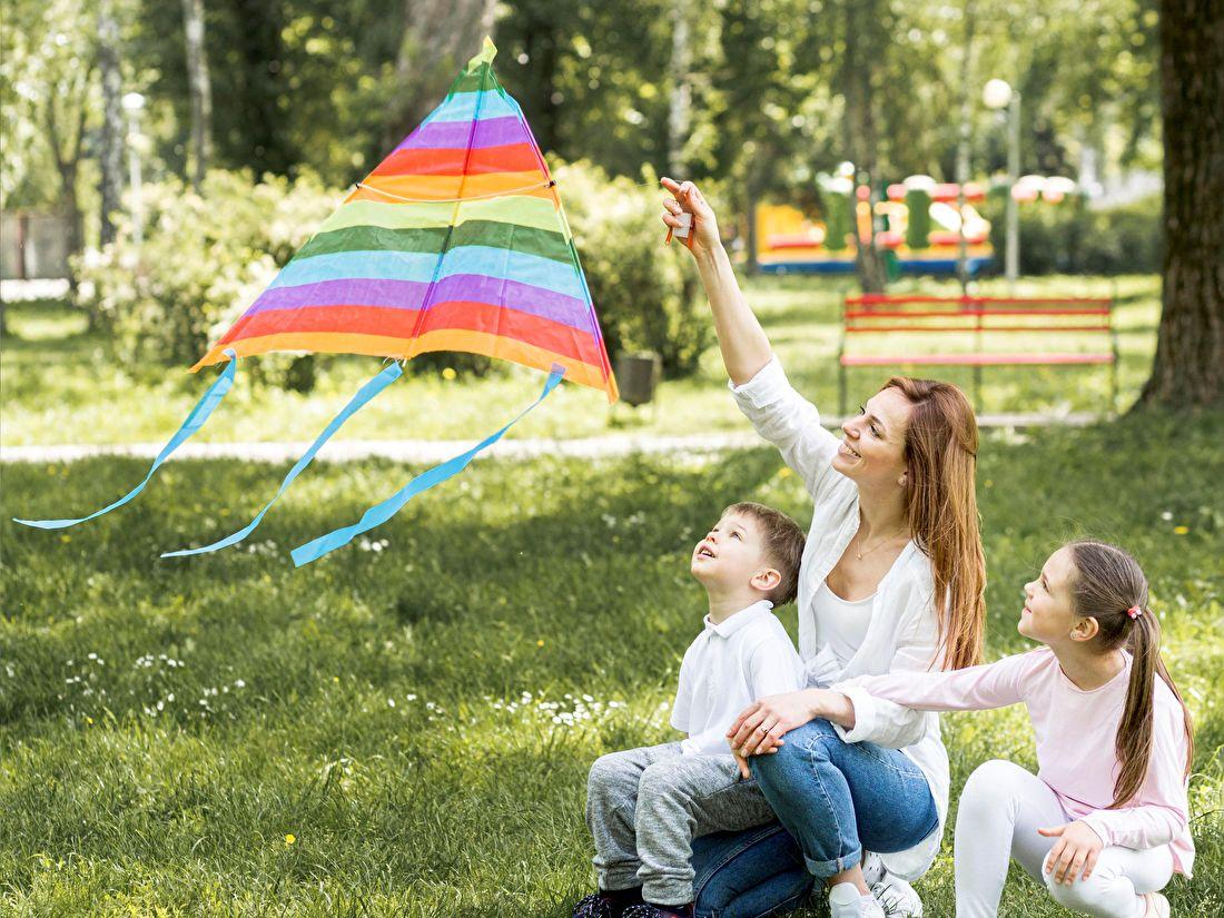 vliegeren buitenspelen