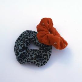Scrunchie - Blue stone panter