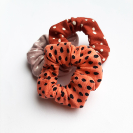 Scrunchies MINI - Koraal roze dots