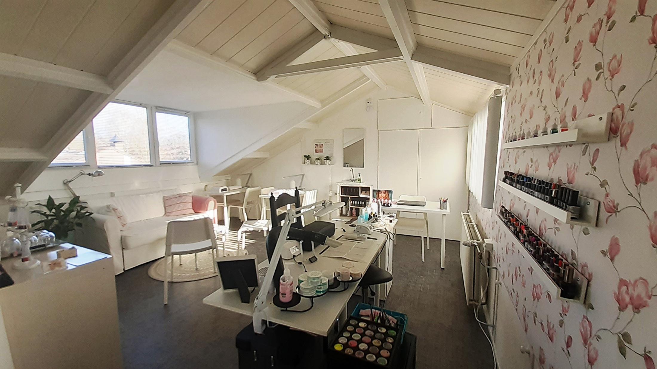 Salon & Opleidingsruimte