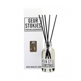 Geurstokjes parfum agar wood