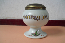 Kleine apothekerspot voor Nobrium