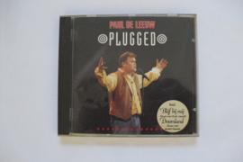 Paul de Leeuw - Plugged