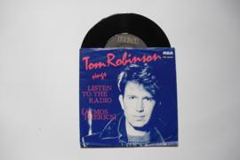 Tom Robinson and Crew - Listen To The Radio
