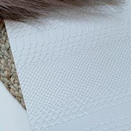 Slangenprint wit 34x20cm