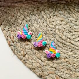 Eenhoorn regenboog gestreept