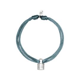 Satijnen armband met slotje - grijs/zilver