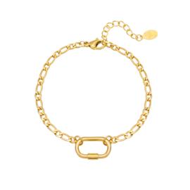Gouden armband met tussenstuk 'Lia'
