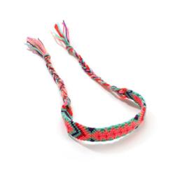 Gevlochten armband/enkelbandje 'Ibiza' roze/blauw