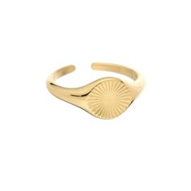 Gouden ring met opdruk 'Louisa'