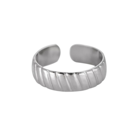 Minimalistische ring met streepjes 'Fem' zilver