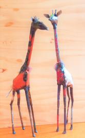 Giraffe van gerecycled oliedrums