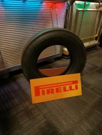 Banden Steun (Pirelli) Car Tire Item