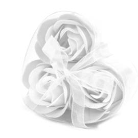 Set of 3 soap flower heart white