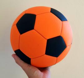 Voetbal oranje met naam