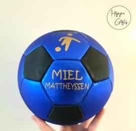 Voetbal blauw met naam