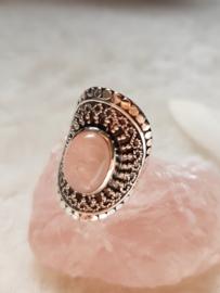 Rozenkwarts Ring Serra