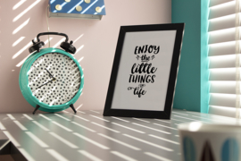 Poster Tekst Zwart Wit A4 // Enjoy The Little Things In Life