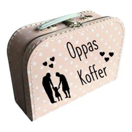 Oppas koffer met opa en oma