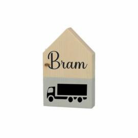 Vrachtwagen en naam