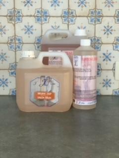 bruine zeep