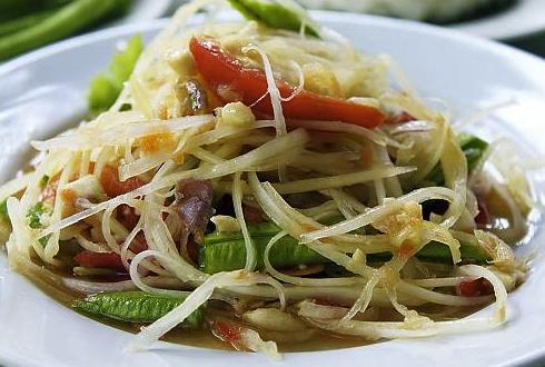 Salade de papayes vertes au boeuf