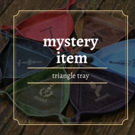 mystery triangle tray