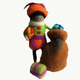 Piet met zak en cadeautjes wol